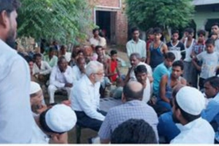 National team led by Popular Front chairman E Abubacker visits families of mob lynch victims