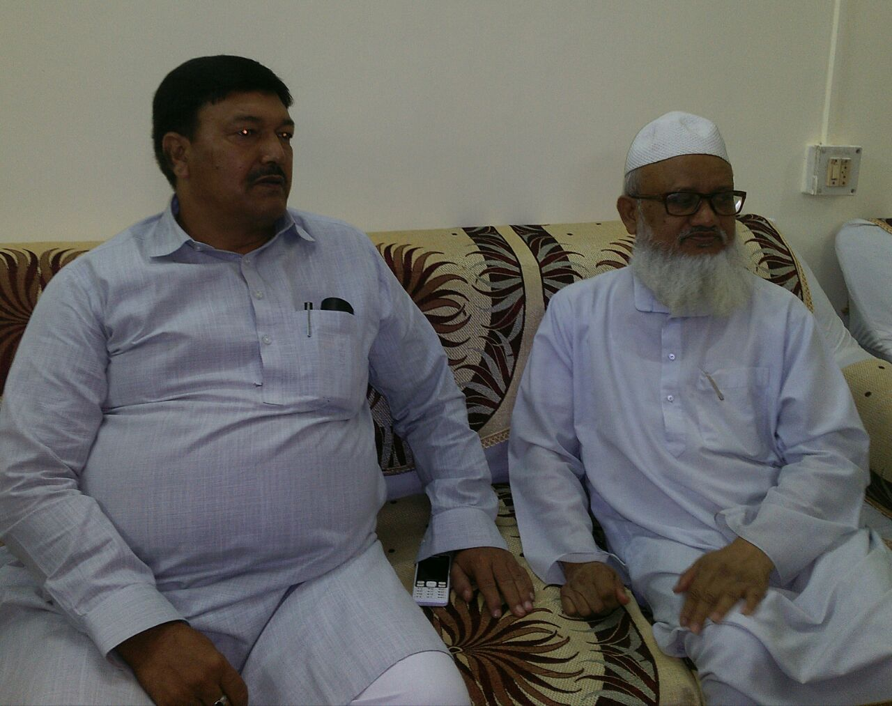मंत्री खुर्शीद अहमद उर्फ फिरोज अहमद ने इमारत शरियाह आ कर तौबा की