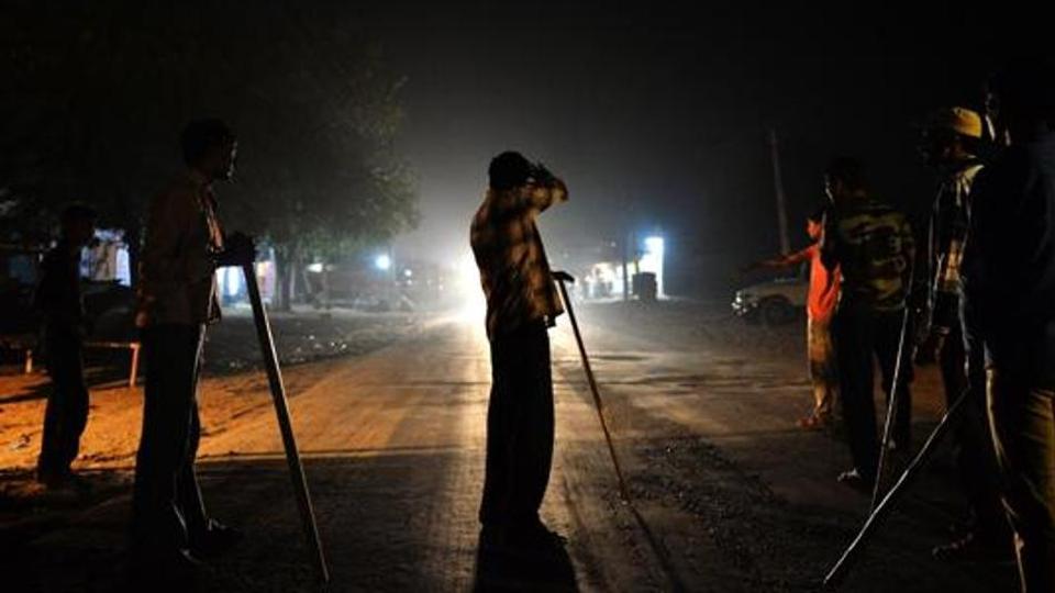 Week after Modi's warning, mob attacks 6 men transporting buffaloes in Delhi