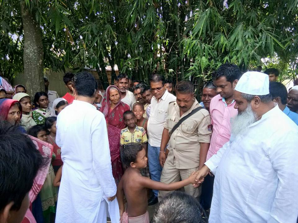 Maulana Badruddin Ajmal Saheb, founder president Markazul Ma'arif and AIUDF MP from Dhubri, participated in the distribution program.