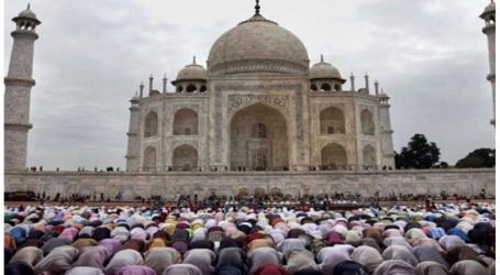 जुमा को छोड़ अन्य दिन ताजमहल में नमाज पढ़ने पर ASI ने लगाया पाबंदी, बढ़ा विवाद