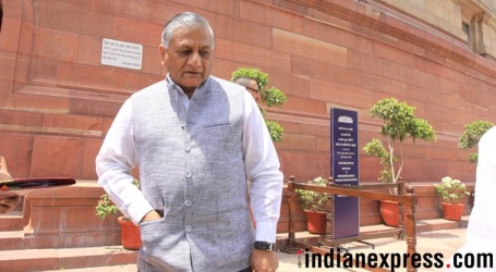 Muslims who want Jinnah's portrait in AMU insulting their ancestors: VK Singh