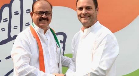 Former NCP leader Tariq Anwar joins Congress in presence of Rahul Gandhi
